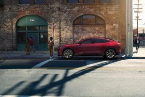Mustang Mach-E nasce como SUV 100% elétrico e esportivo da Ford