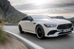Mercedes-AMG GT sedã: versão 43 vem por R$ 575.900